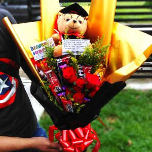 GRADUATION BOUQUET ( Free Graduation Balloon )