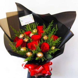 EXCLUSIVE ROSES & FERRERO ROCHER BOUQUET